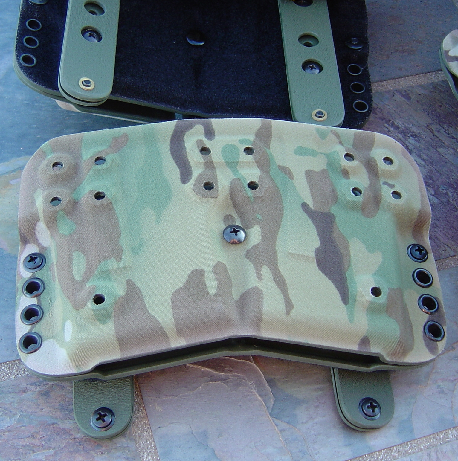G-Code/HSP D3 Two AR-15 Rifle Mag Carrier Molle mount Multicam